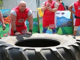 Kamil-Bazelak-na-pokazach-strongman